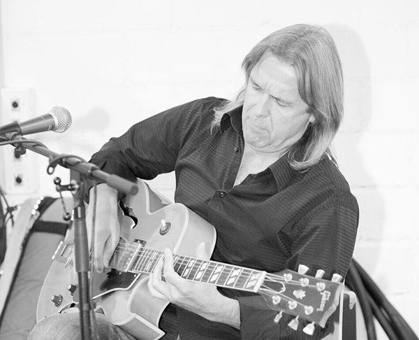 Sommerloch: Andy Egert Blues Duo (CH/USA)